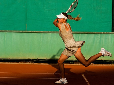tennis-player-1246768__340